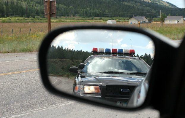 Trooper-in-side-mirror