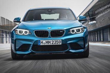 2016 BMW M2 1021 876x535