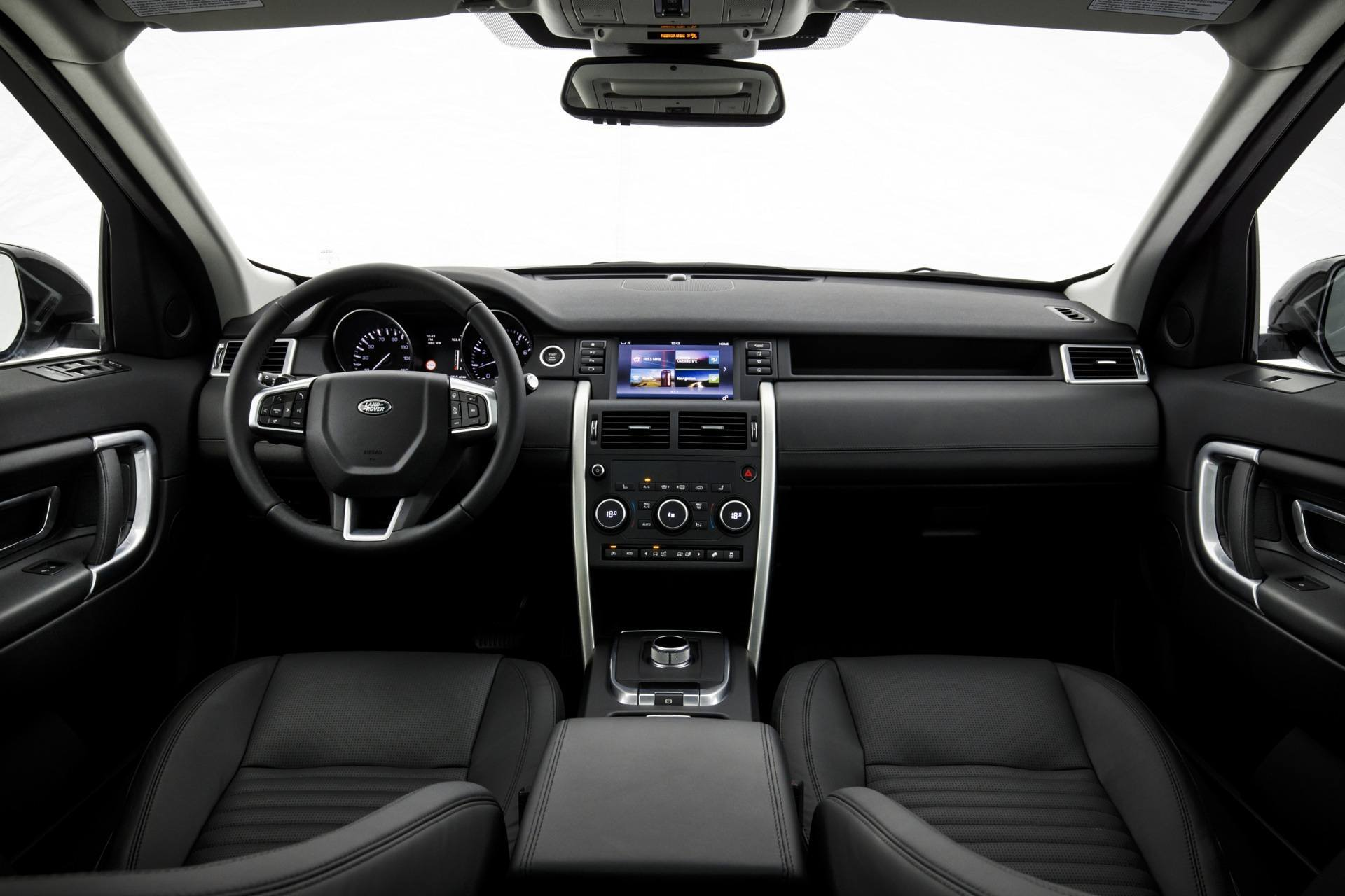 Interior: 2016 Land Rover Discovery Sport Review
