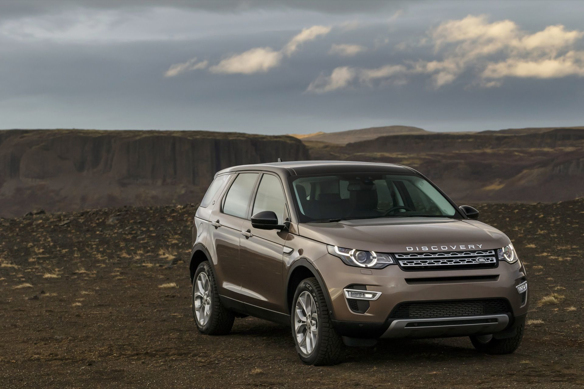 Popular Exterior 2016 Land Rover Discovery Sport Review Photo On