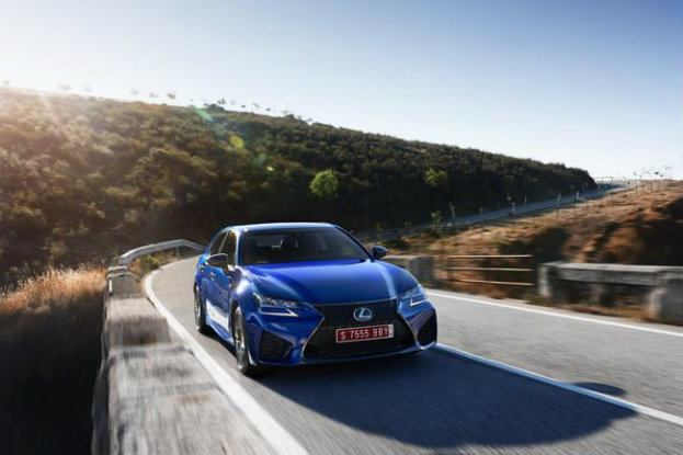 Lexus GS F Blue 29 mid