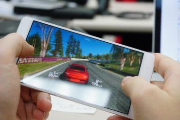 Smartphone Racing Games