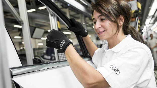 news 2015 audi medical gloves in production