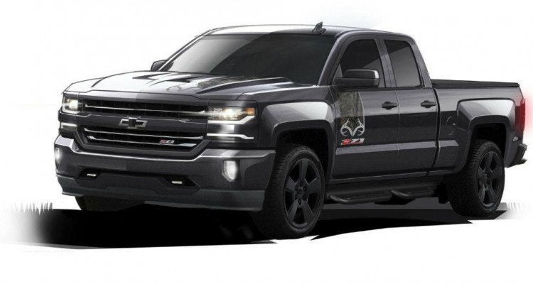 2016-Chevrolet-Silverado-Realtree Edition-043