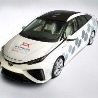 2016 NAIAS Kymeta Mirai 03 200x200 - Toyota Shows Vehicle With Satellite Communications Ability