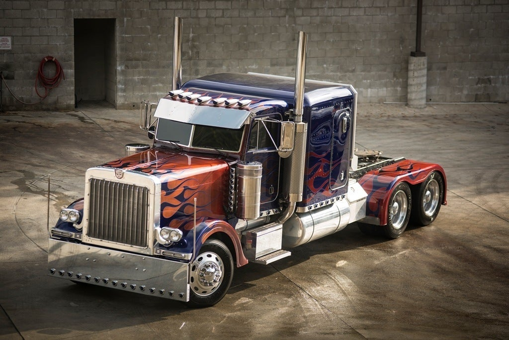 OptimusPrime front34