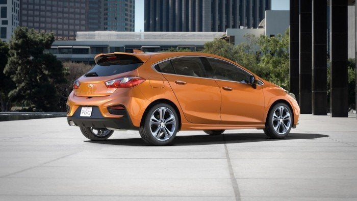 2017 Chevrolet Cruze Hatchback Right Rear Three Quarters