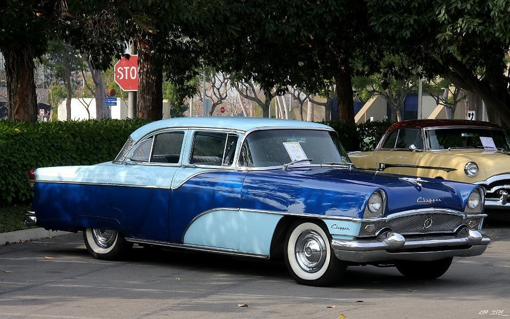 1955-Packard-Clipper-Custom-4dr-Sedan