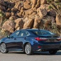 2016 Lexus ES 350 12 200x200 - 2016 Lexus ES 350 4-Door Sedan Review