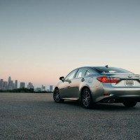 2016 Lexus ES 350 2 200x200 - 2016 Lexus ES 350 4-Door Sedan Review