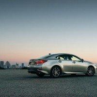 2016 Lexus ES 350 3 200x200 - 2016 Lexus ES 350 4-Door Sedan Review