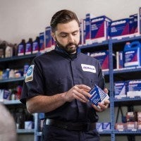 ACDelco store man