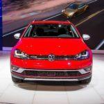 2017 Volkswagen Golf Alltrack 1021 876x535