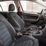 2017 Volkswagen Golf Alltrack 106 876x535