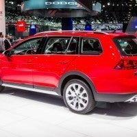 2017 Volkswagen Golf Alltrack Left Rear Three Quarters