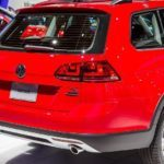 2017 Volkswagen Golf Alltrack 115 876x535
