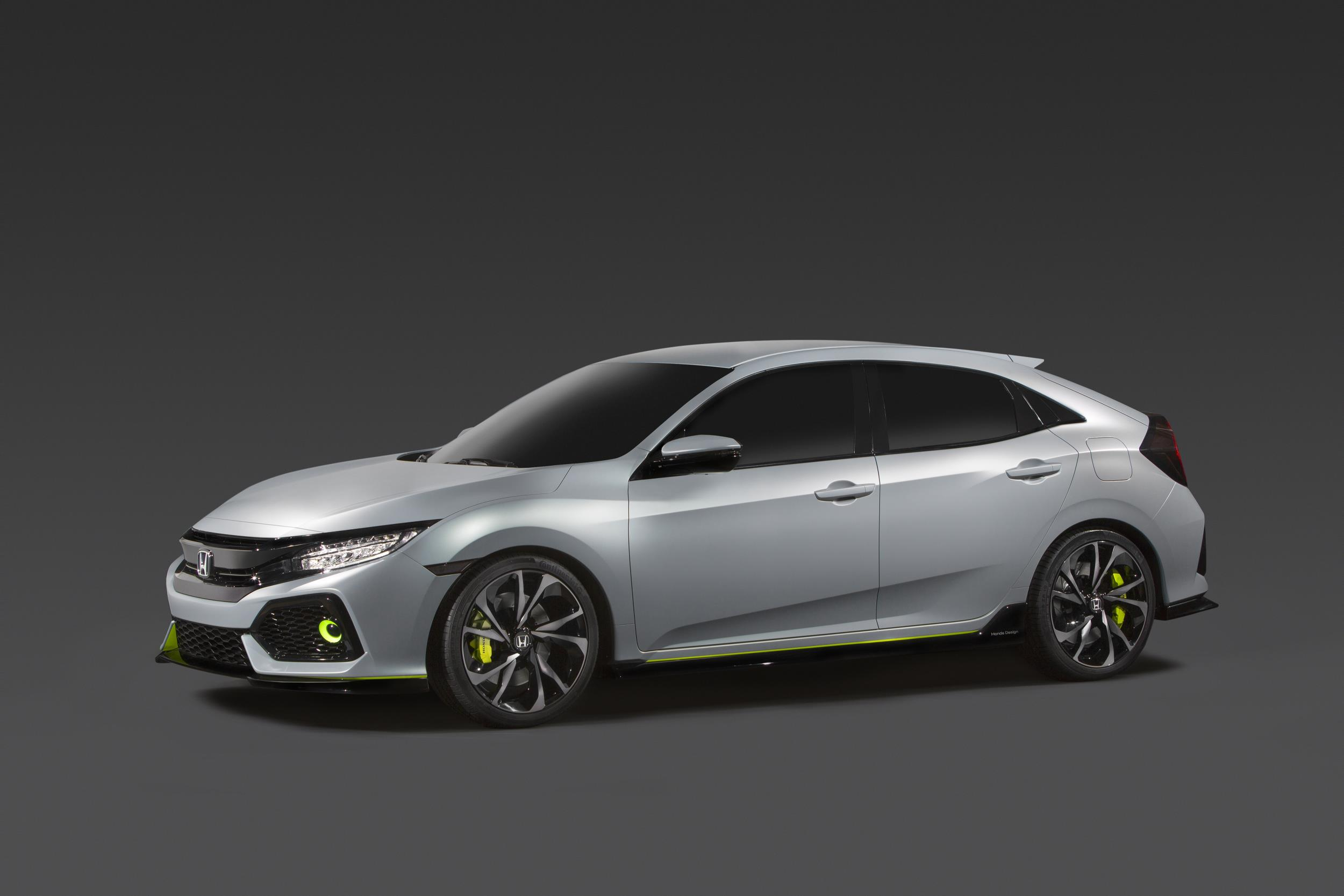 2017_Civic_Hatchback_Prototype___1