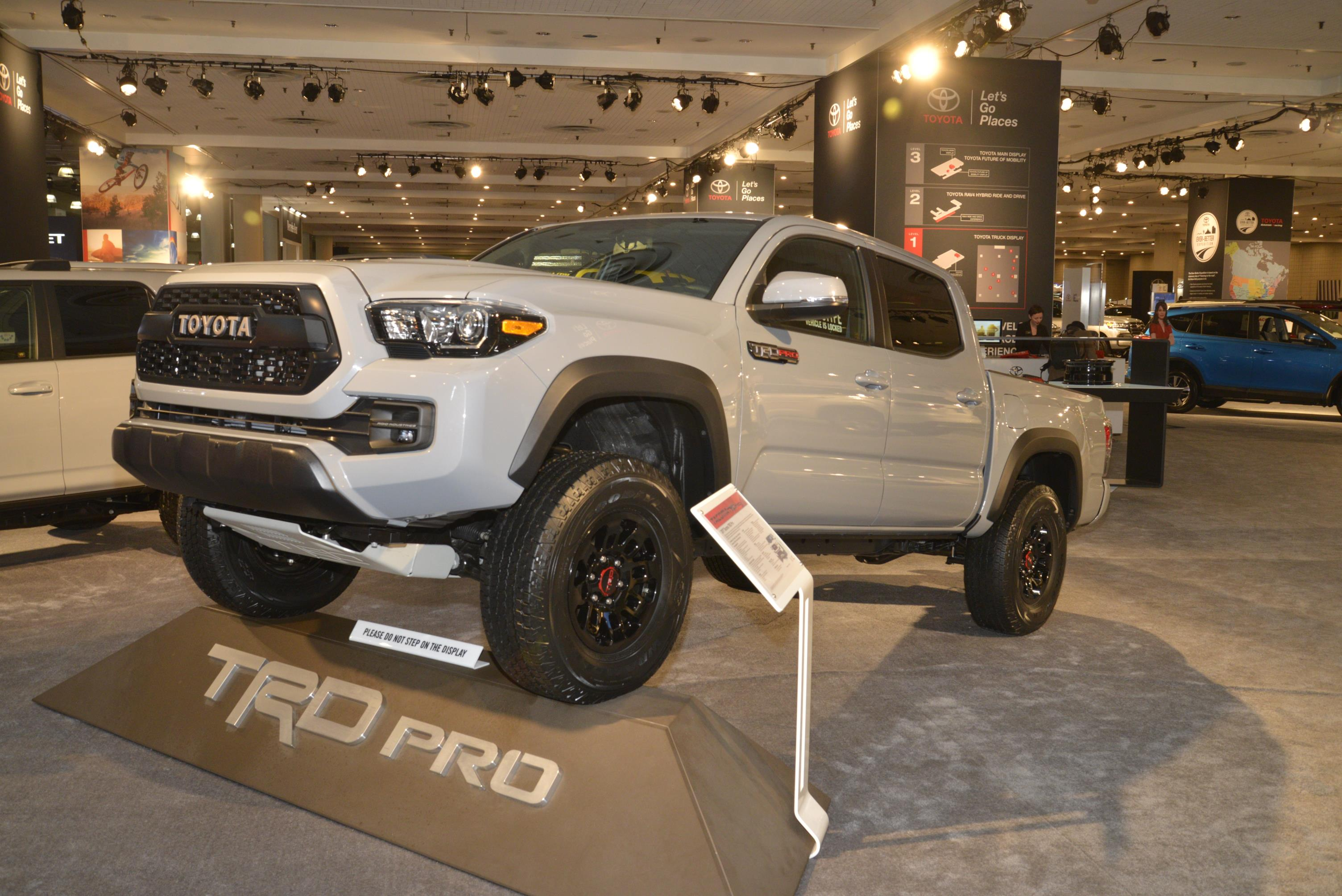 toyota tacoma trd pro photo on. Black Bedroom Furniture Sets. Home Design Ideas