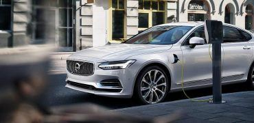 171034_Twin_Engine_T8_Volvo_S90_Inscription_White(1)