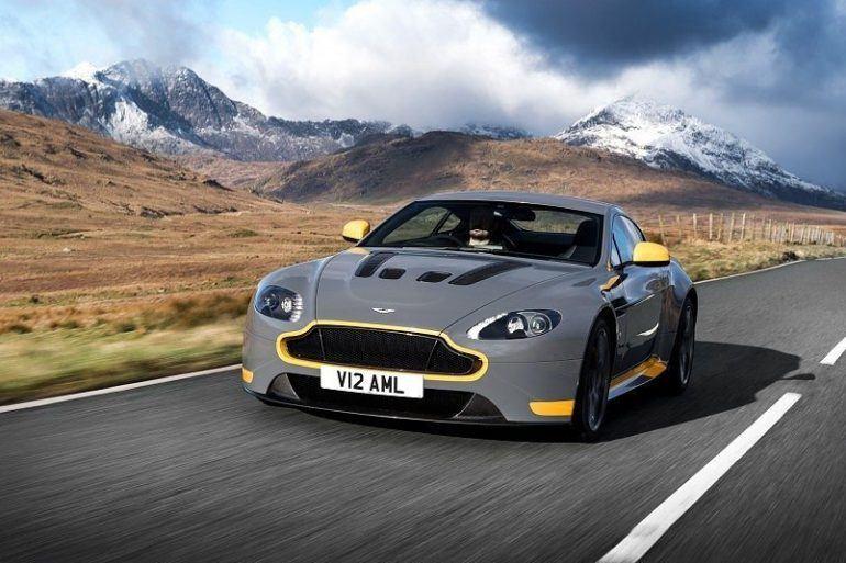 2017 Aston Martin V12 Vantage S 112 876x535