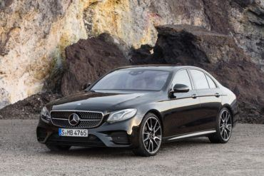 2017 Mercedes AMG E43 108 876x535