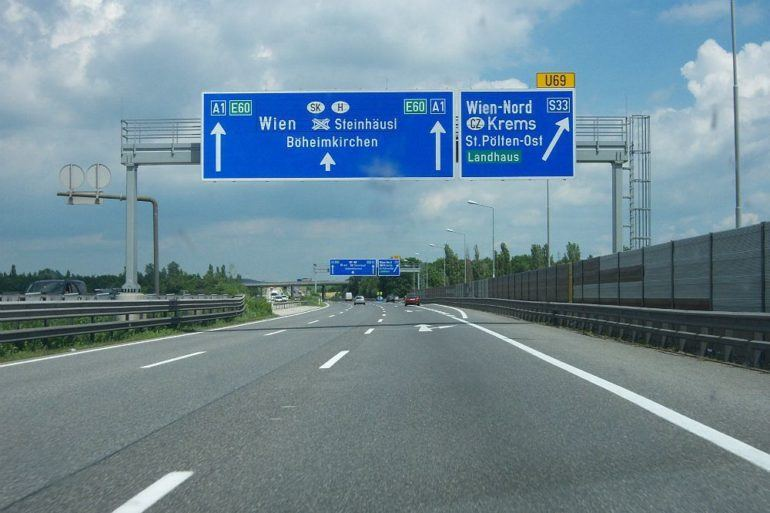 The Ultimate Guide to the Autobahn (Infographic) 25