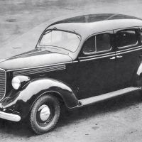 By 1938, Dodge adopted a completely steel body with a full-steel roof panel to replace the conventional wood-and-fabric insert that had been standard industry practice.