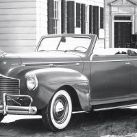 With a new grille and pontoon-style front fenders, the Dodge Luxury Liner Deluxe was the last major redesign before World War II. When postwar production resumed, the same design was used with just minor trim changes.