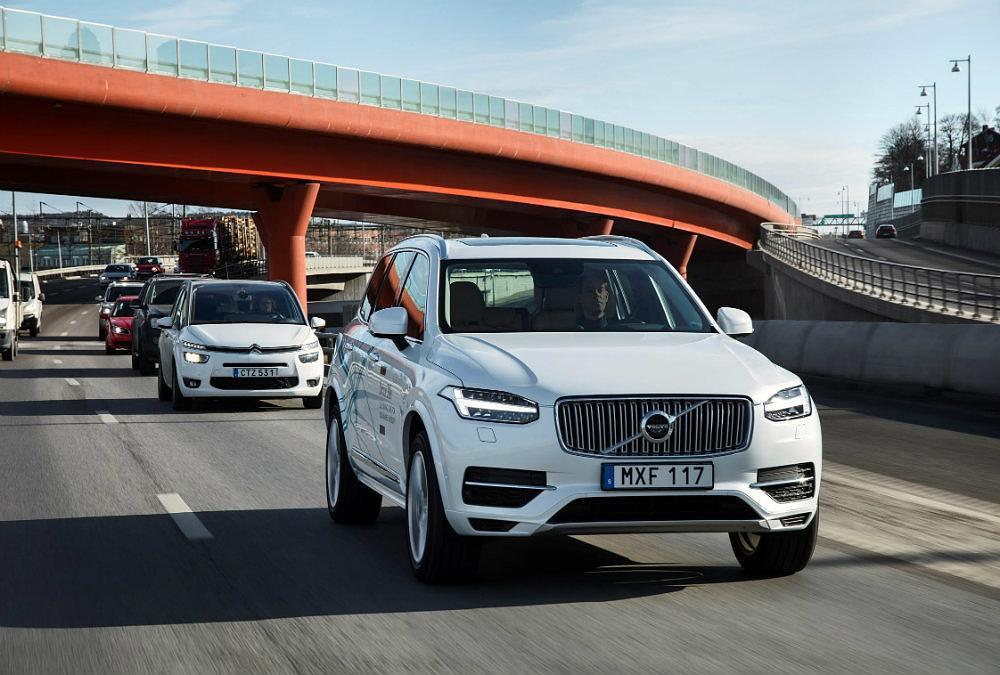Volvo_XC90_Drive_Me_test_vehicle 3