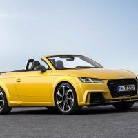 Audi TT RS Roadster Right Front Three Quarters