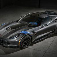 2017-Chevrolet-Corvette-GrandSport-001(1)