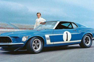 Automoblog Book Garage: Mustang Boss 302: From Racing Legend to Modern Muscle Car 19