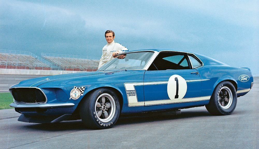 Automoblog Book Garage: Mustang Boss 302: From Racing Legend to Modern Muscle Car 15