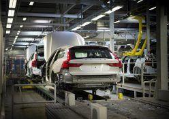 193260_Start_of_production_of_new_Volvo_V90_premium_estate