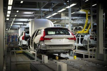 193260 Start of production of new Volvo V90 premium estate