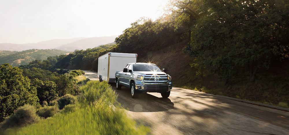 2016_Toyota_Tundra_SR5