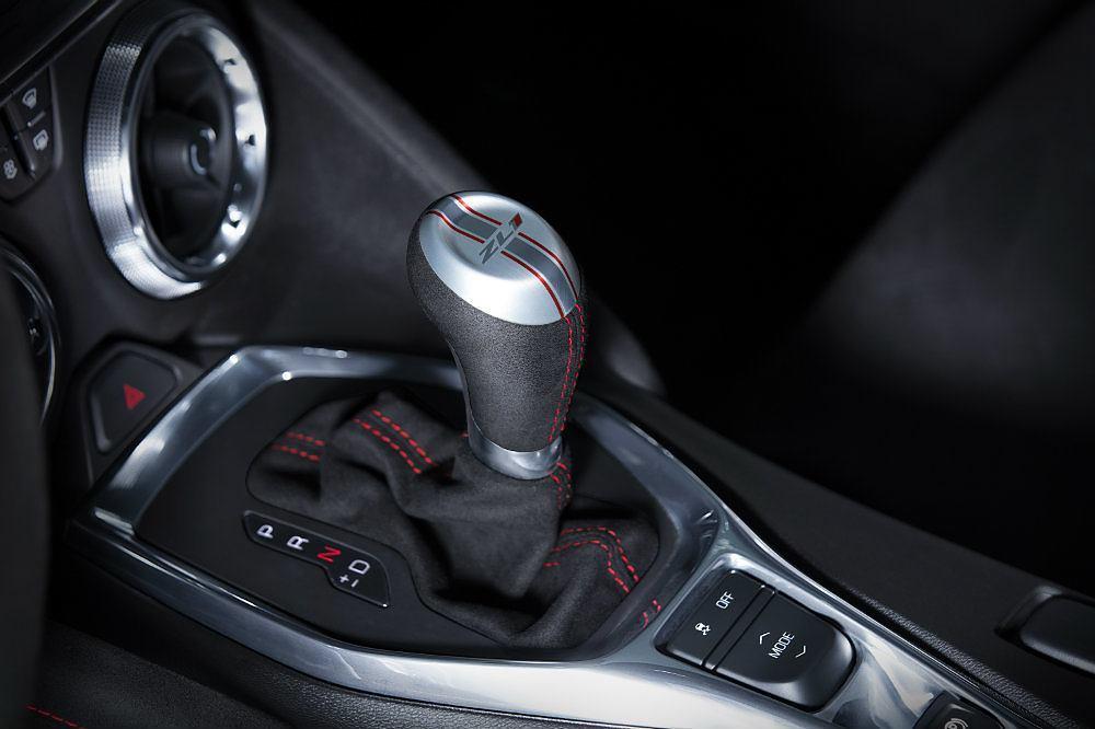 2017-Chevrolet-Camaro-ZL1-Trans