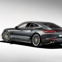 2017 Porsche Panamera Turbo 103 876x535 200x200 - First Look: 2017 Porsche Panamera
