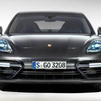 2017 Porsche Panamera Turbo 113 876x535 200x200 - First Look: 2017 Porsche Panamera