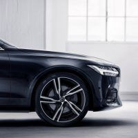 2018 Volvo S90/V90 R-Design Wheel and Tire Package