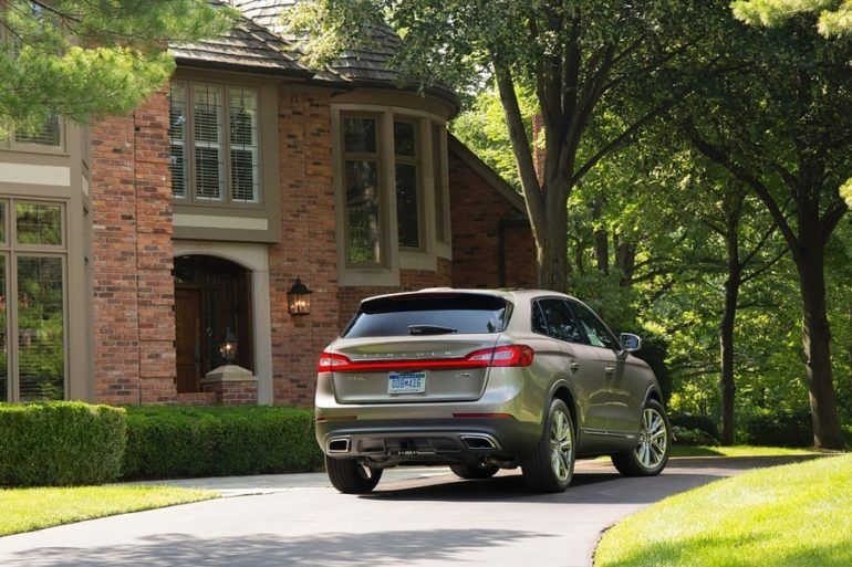 2016 Lincoln MKX Black Label AWD Review 24