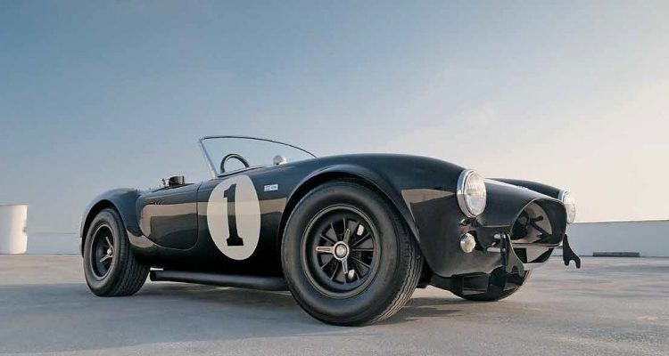 ShelbyCobraSnakeConqueredWorldFrontis 750x400 - Automoblog Book Garage: Shelby Cobra: The Snake That Conquered the World