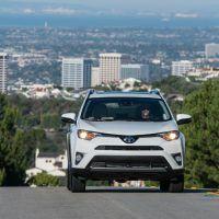 2016 Toyota RAV4 Limited Front Profile
