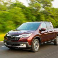 2017 Honda Ridgeline Highway Cruising