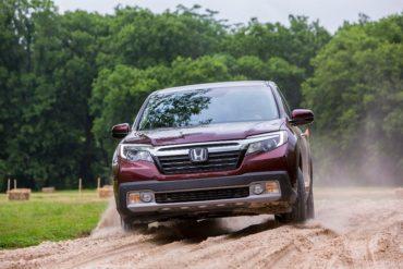2017 Honda Ridgeline Sand