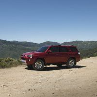 2017 Toyota 4Runner TRD Off-Road Premium Side Profile