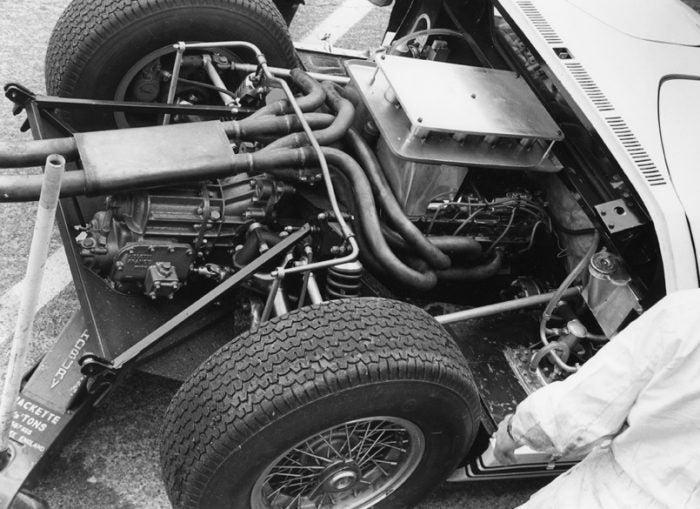Automoblog Book Garage: Ford GT 16