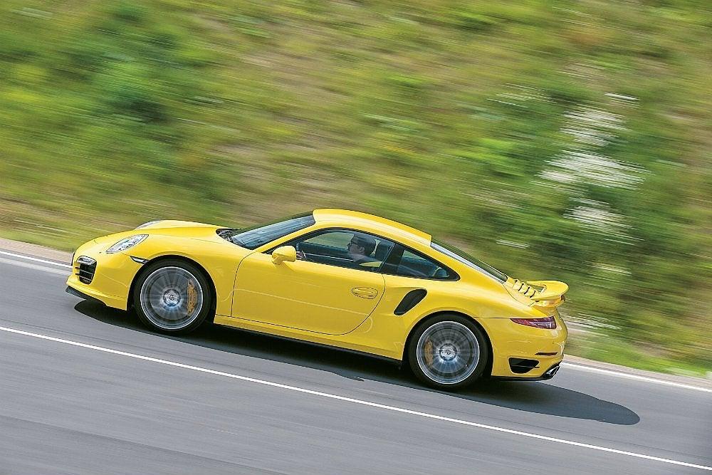 Porsche Turbo PAGE 249
