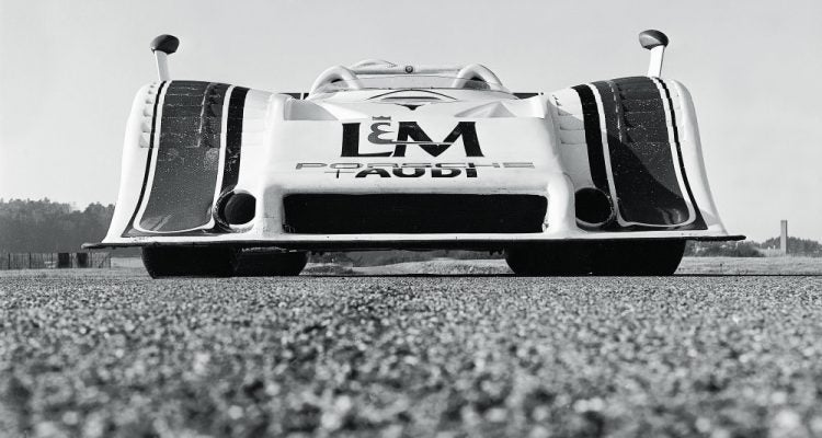 Porsche Turbo page 8_9