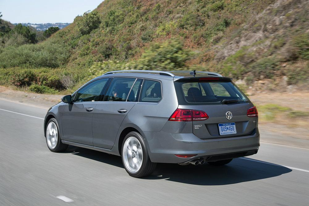2016 Volkswagen Golf Sportwagen Tsi S Review